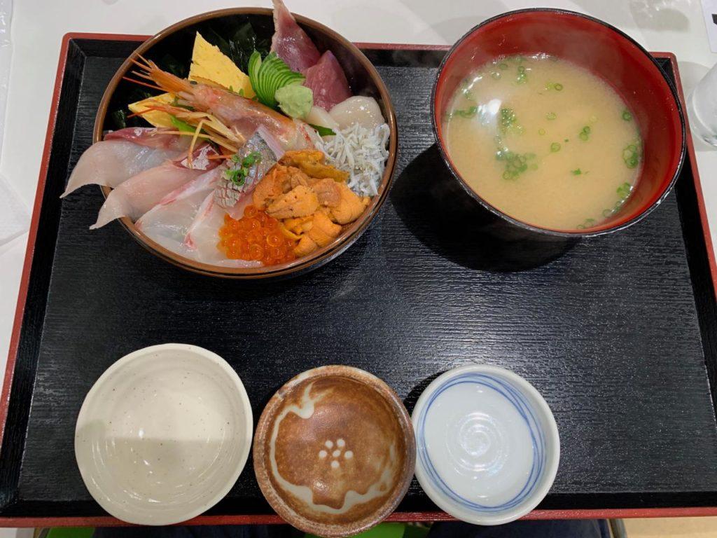 みやざき【長谷川水産海鮮丼9