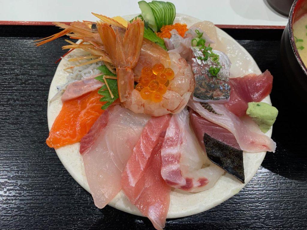 みやざき【長谷川水産海鮮丼11