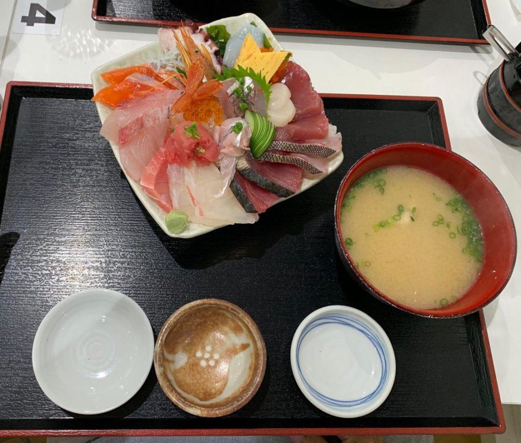 みやざき【長谷川水産海鮮丼24