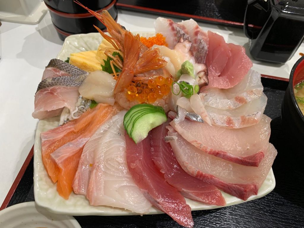 宮崎長谷川水産海鮮丼大1