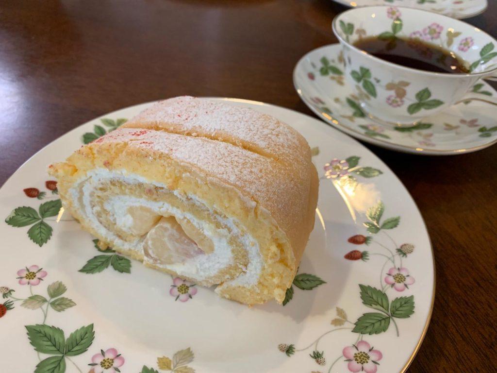 アンオーenhautモモのロールケーキ拡大2