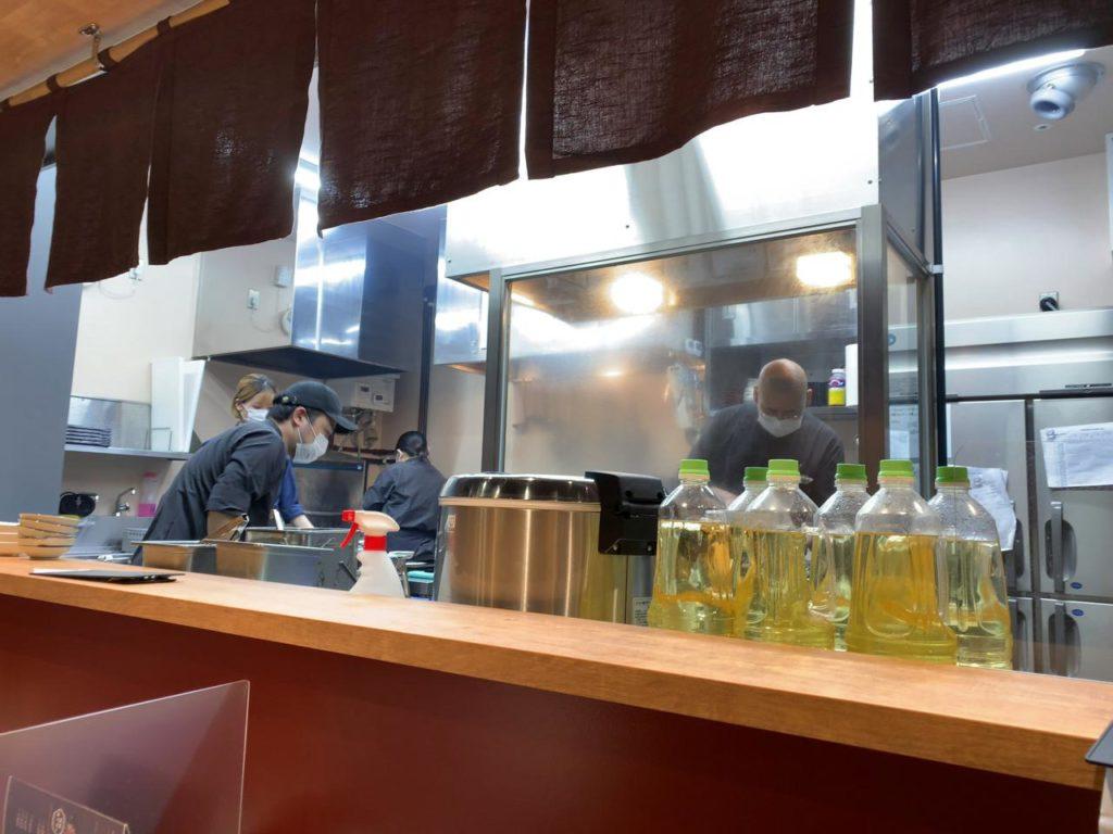宮崎駅たんや厨房